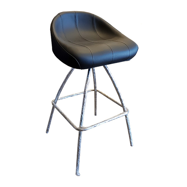 Metro-S - Cushioned bar stool with swivel seat in black vinyl