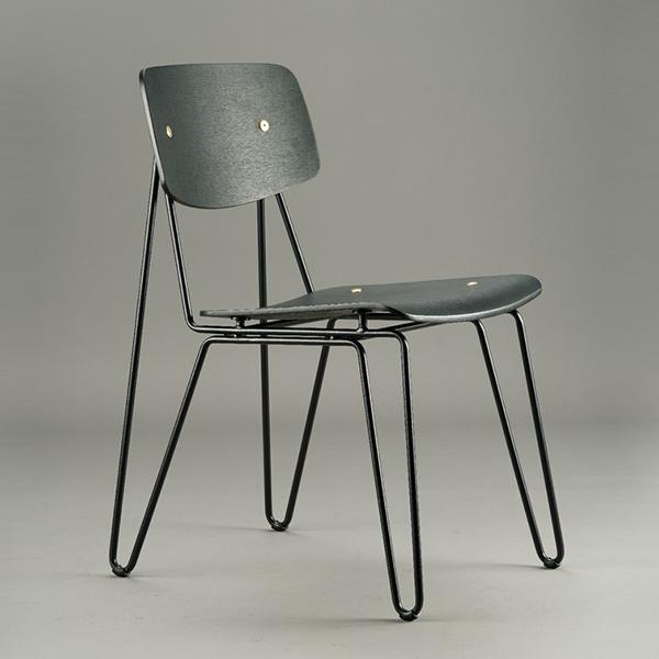 Float Chair in Black